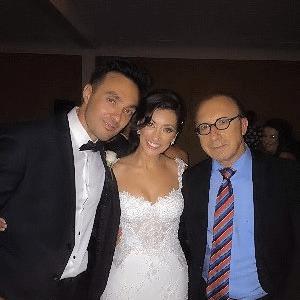 Elliot Goblet NSW wedding MC with wedding couple